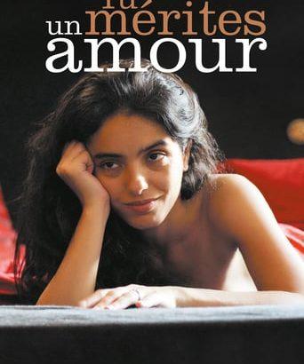 """Affiche du film """"Tu mérites un amour"""""""